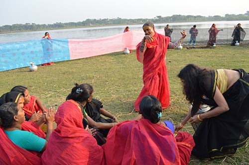 Rising Up to Climate Change: Storytelling with Saris